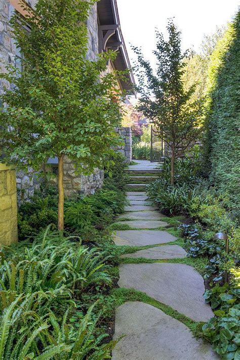 25 best side yard landscaping ideas on