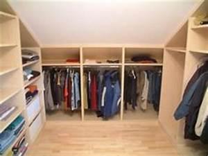 Begehbarer Kleiderschrank Dachschräge Ikea : die 58 besten bilder von begehbarer kleiderschrank dachschr ge attic spaces walk in closet ~ Orissabook.com Haus und Dekorationen