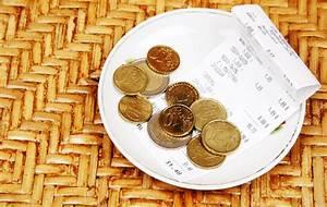 Restaurant Tipping Chart Tipping Etiquette Guide For Hotels Restaurants