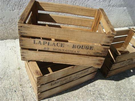 transformer une vieille caisse en bois en jardiniere