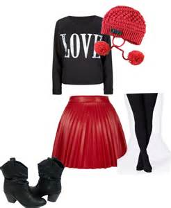 Valentineu0026#39;s Day Outfits for Taken Ladies and Single Ladies | Her Campus