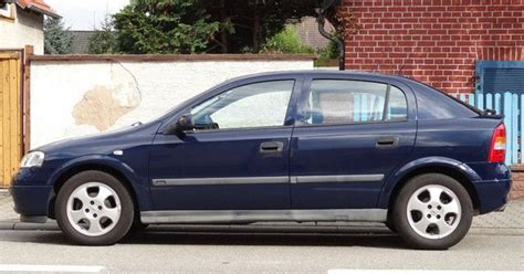 Opel Astra 2000 by 2000 Opel Astra