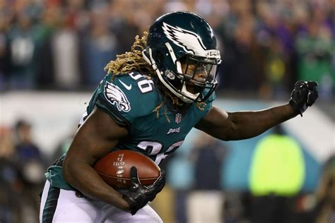eagles injury report jay ajayi limited  practice   super bowl  bleeding green nation