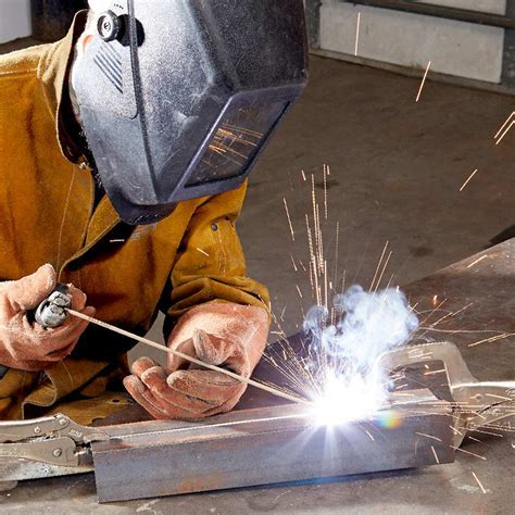 Here's What You Need to Know About Stick Welding: Pros