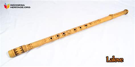 Bebano merupakan alat musik tradisional perkusi yang mendampingi dari suara bukoba (koba) yaitu tradisi lisan yang biasa ditampilkan pada saat acara. 7 Alat Musik Tradisional dari Sulawesi Tengah - TradisiKita