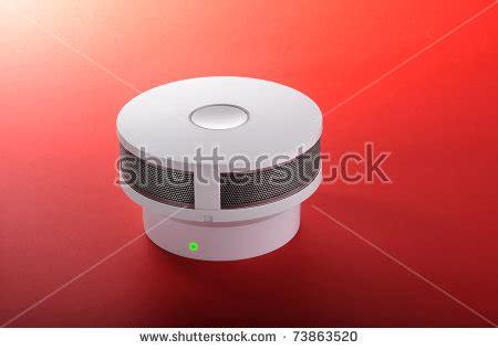 first alert smoke alarm blinking red light first alert smoke detector flashing red light share the