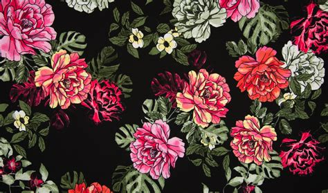 Floral Print Scuba Crepe   Black   Dress Fabrics ...