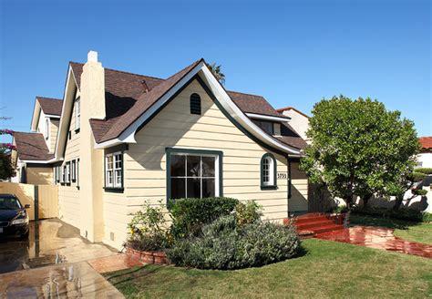 15 Cottage Style Homes Exteriors  Hobbylobbysinfo