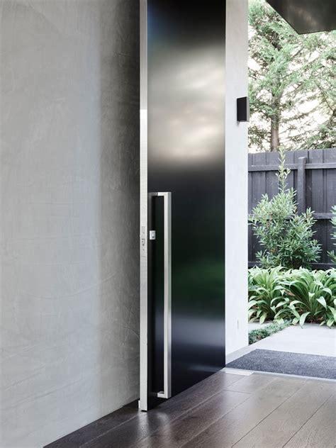 desain arsitektur rumah minimalis hitam putih arsitektur