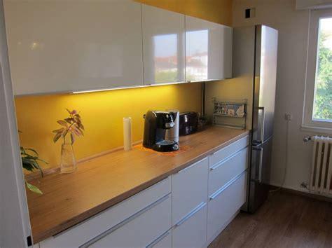 Neue Schlichte Moderne Kücheschüllerfertiggestellte Küchen