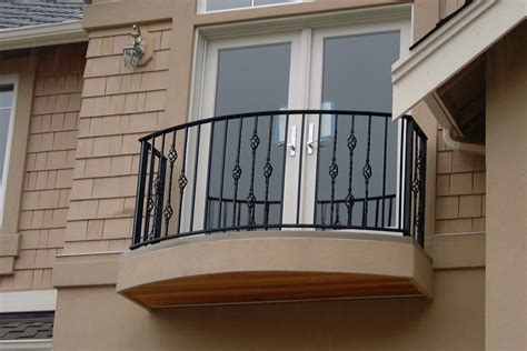 Popular Wrought Iron Balcony Railings