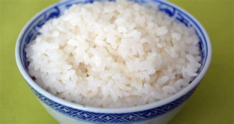 cucinare riso al vapore ricetta riso al vapore coreano kimchi basilico
