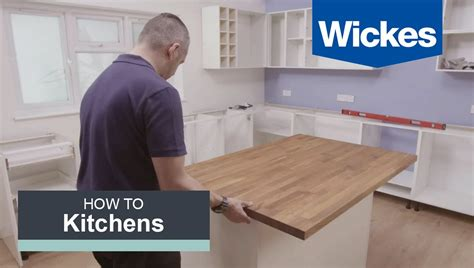 how do you install kitchen cabinets how to build a kitchen island with wickes 8441