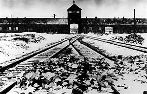 Former Auschwitz guard is charged with abetting murder