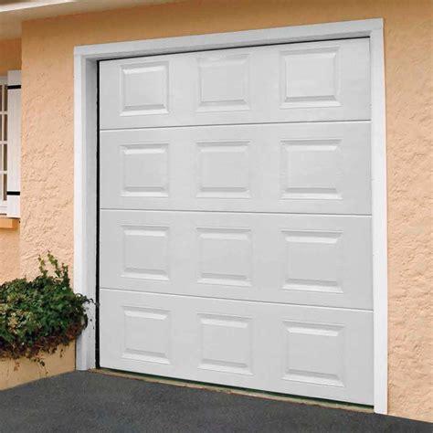porte de garage sectionnelle castorama porte de garage sectionnelle motoris 233 e blanc l 240 cm castorama
