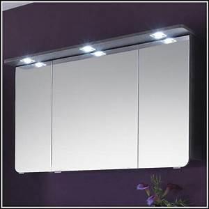 Badezimmer Spiegelschrank Mit Beleuchtung : badezimmer spiegelschrank mit beleuchtung alibert download page beste wohnideen galerie ~ Indierocktalk.com Haus und Dekorationen