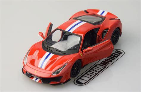 Ferrari 488 spider red signature series 1/43 diecast model car by bburago. BBurago 1:24 Ferrari 488 Pista (red) 26026