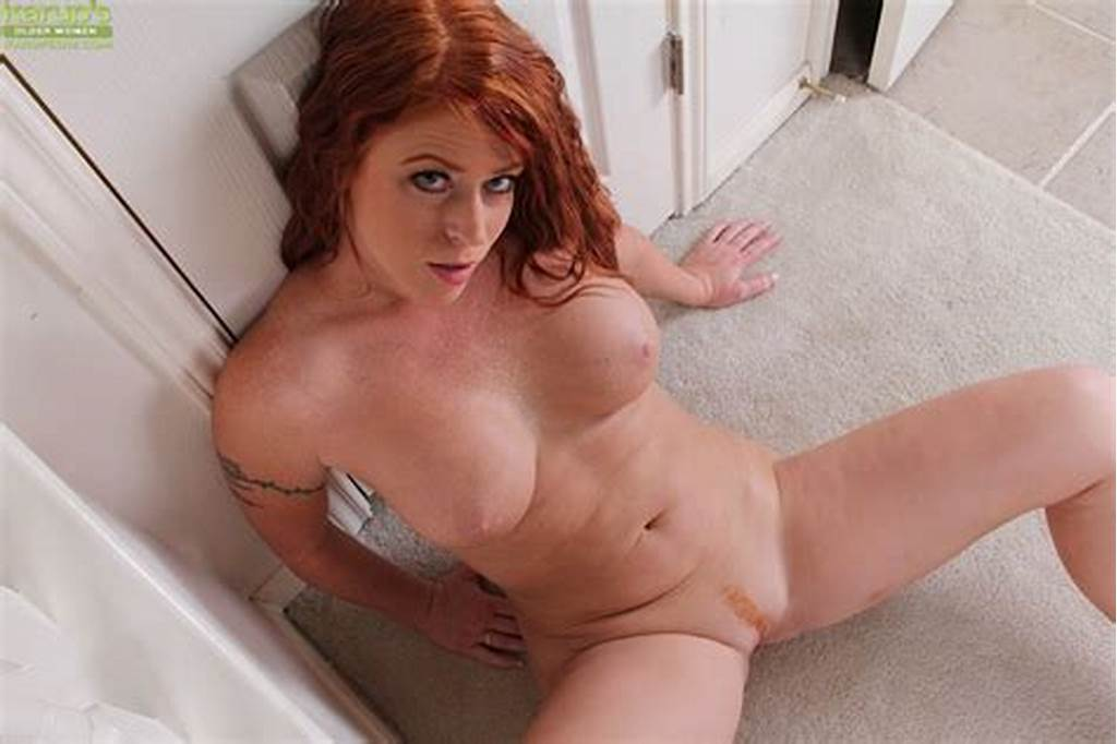 #Juggy #Redhead #Milf #Undressing #And #Exposing #Her #Trimmed
