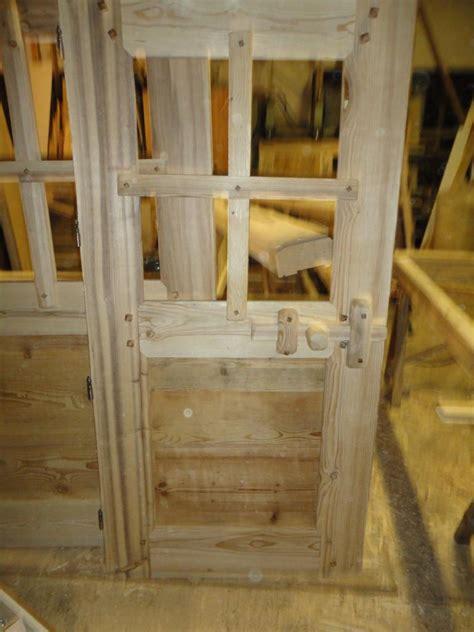 interieur cuisine porte intérieur rustique fermeture bois 1