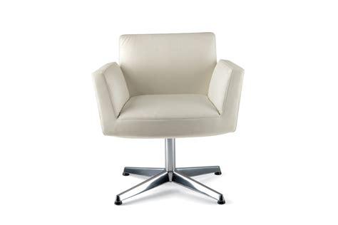 Chancellor Swivel Chair Low By Poltrona Frau