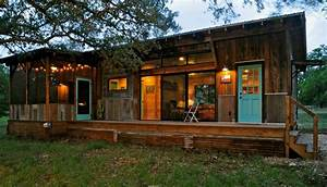 Beautiful Reclaimed Cabin With Modern Comforts - Tiny