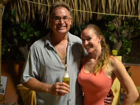 tv s below deck star stops by st pete beach bar