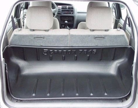 volume coffre grand vitara 5 portes achetez carbox bac de coffre sarr pour suzuki grand vitara 5 portes de 03 1998 a 09 05 au