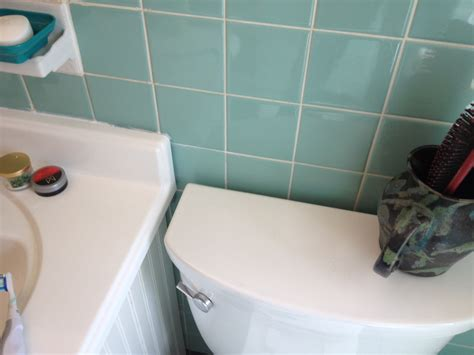 seafoam green bathroom tile ideas  pictures