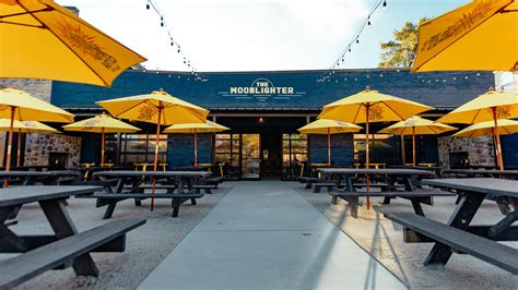 On The Patio by 22 New Chicago Patio And Rooftops For Outdoor Dining And