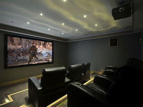Casa Cinema by Cinema Em Casa Colunas Lificadores Cadeiras E Telas