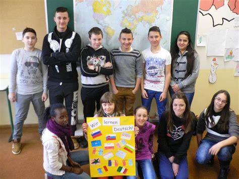 Proell Mittelschule In Gersthofen by 220 Bergangsklasse Light Mittelschule Gersthofen