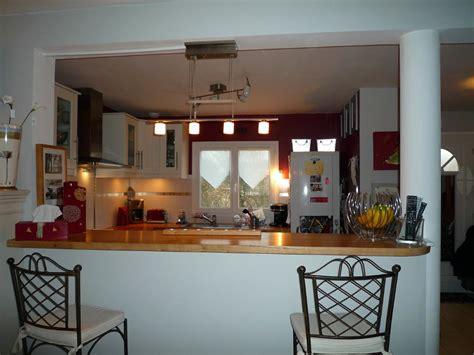 cuisines ouvertes avec bar idee decoration plat cuisine