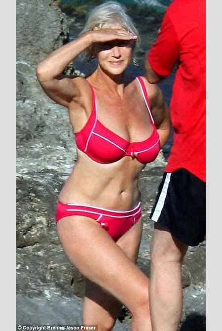 Helen Mirren the bikini queen reigns supreme at 63 | Daily Mail Online