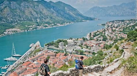 Raporti: Konflikti i klaneve të Kotorrit është kërcënim i madh për turistët në Malin e Zi ...