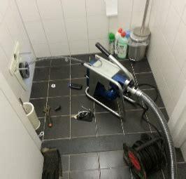 wc verstopt niets helpt riool ontstoppen aanbouw huis voorbeelden