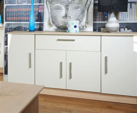 Buffet Credenza Sideboard by What S The Difference Between A Sideboard Buffet Credenza