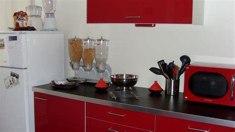 tiroirs coulissants cuisine cuisine plan de travail