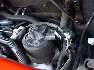 Vanne Egr 206 : comment debrancher la vanne egr sur 1 4l essence 206 peugeot forum marques ~ Medecine-chirurgie-esthetiques.com Avis de Voitures