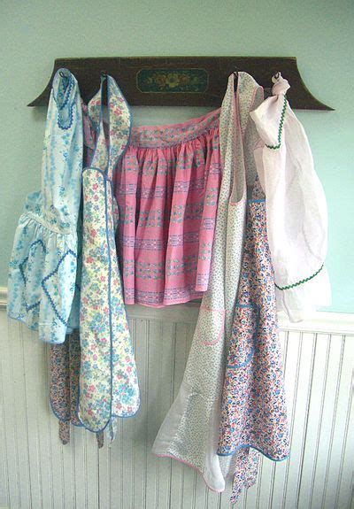 images  apron display  pinterest wooden pegs vintage  hooks