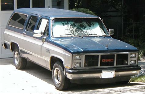 Suburban Cadillac Buick by 1980s And Early 90s Chevy Gmc Suburban Tribute 2010