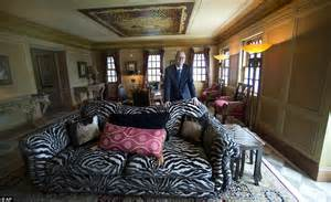 home temple design interior versace mansion yours for around 16m at auction an 80