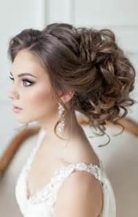 coiffure sur le cotã mariage image coiffure mariage les tendances mode du automne hiver 2017