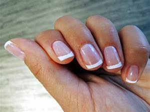 French Nails Selber Machen Ohne Schablone : we love french nails ilookbyjk ~ Frokenaadalensverden.com Haus und Dekorationen