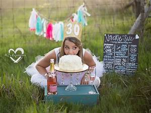 Photographer's Adorable Adult Cake Smash Photos Put the Fun in Growing Up - ABC News