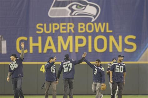 predicting seattle seahawks starting lineup pre  nfl