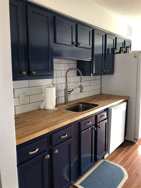 I can't stress it enough! Surf Chic Designs kitchen re model. From oak cabinets ...