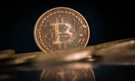 Jp morgan says that bitcoin's volatility has decreased in recent weeks, making the cryptocurrency more appealing to institutional investors. Bitcoin price to grow 'ten times by end of 2022' as JP Morgan estimates value of $650,000   City ...