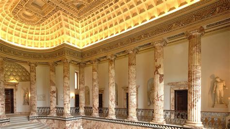 Holkham Hall - Treasure Houses of England