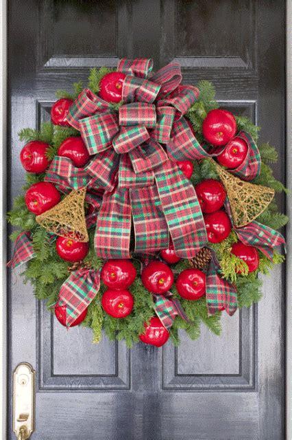 cute  yummy apple wreaths  fall home decor digsdigs