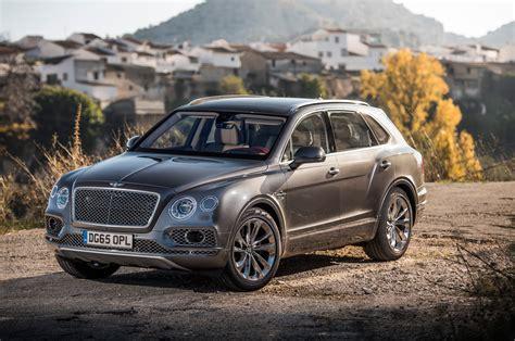 2017 bentley bentayga 2017 bentley bentayga first drive review automobile magazine